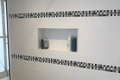 M705 tegel strip badkamer