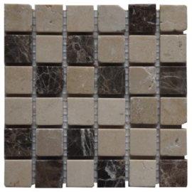 Mozaiek tegels van marmer natuursteen in bruin en wit