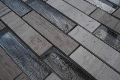 Natuursteen tegels met glas voor keuken en badkamer