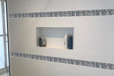 Tegel Blue Pearl strip 4,8 badkamer